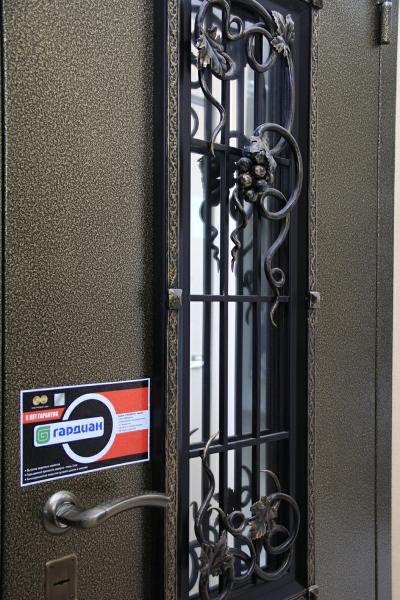 купить металлическую тамбурную дверь электросталь