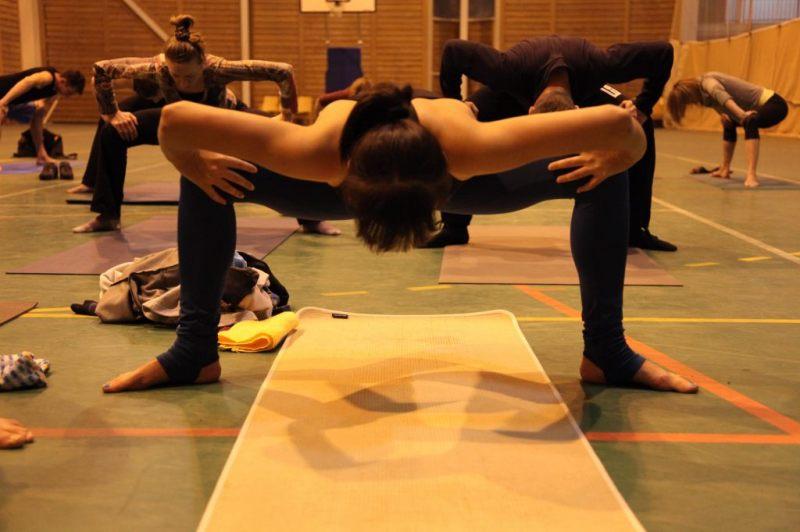 20111105-yoga2.JPG