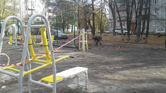 В Военном городке организовали спортплощадку с тренажёрами